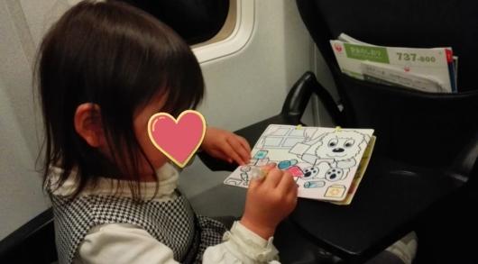 スイスイおえかきにハマる3歳の長女
