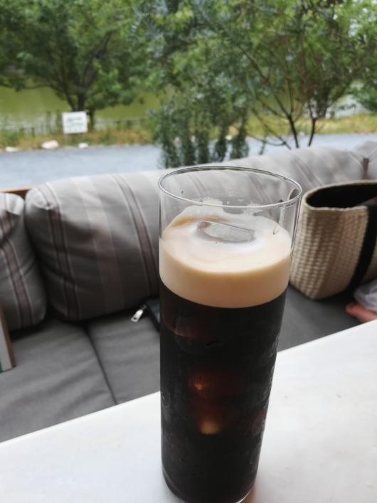 ナイトロコーヒー生コーヒーバードツリーカフェ千里南公園