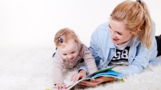 【赤ちゃん向け絵本】0歳から楽しめる♪我が子がハマった!2児のママのおすすめ6選