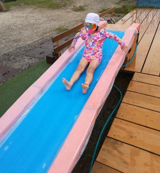 子連れ旅行びわ湖バレイ水遊びすべり台
