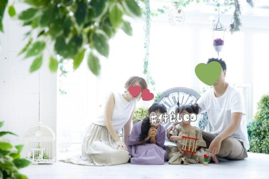 姉妹一緒に七五三撮影かわいいジルスチュアート着物お揃いスタジオ4c。大阪貸切フォトスタジオ家族写真おしゃれリンクコーデ