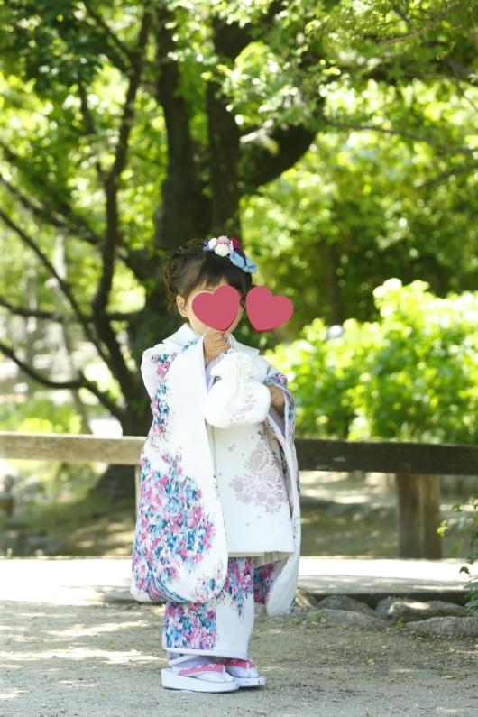 姉妹一緒に七五三撮影かわいいジルスチュアート着物お揃いスタジオ4c。大阪貸切フォトスタジオロケーション撮影新緑おしゃれ