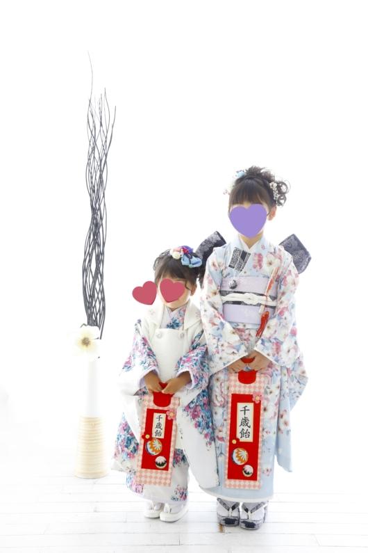姉妹一緒に七五三撮影かわいいジルスチュアート着物お揃いスタジオ4c。大阪貸切フォトスタジオおしゃれ