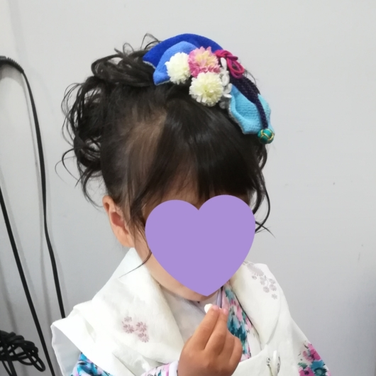 姉妹一緒に七五三撮影かわいいジルスチュアート着物お揃いスタジオ4c。大阪貸切フォトスタジオヘアアレンジヘアアクセ